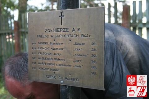 Tablica w kwaterze żołnierzy AK