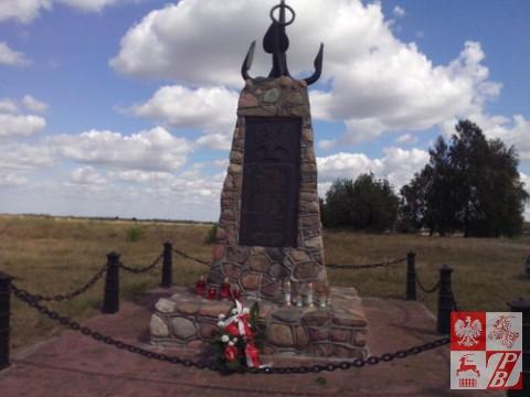 Mokrany_pomnik flotylii
