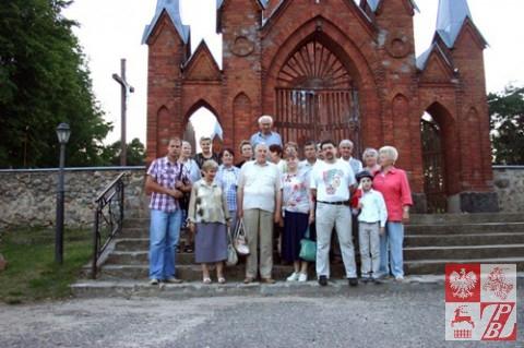Uczestnicy obchodów 70. rocznicy Powstania Iwienieckiego