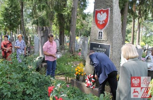 Zbiorowa mogiła 8 nieznanych żołnierzy WP w Żodziszkach
