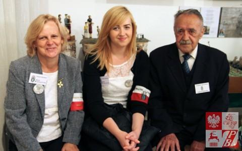 Pilotki naszej grupy wraz z ojcem i dziadkiem Marianem Malinowskim, Sybirakiem z Nowogródczyzny, który obecnie pracuje w Muzeum Sybiraków w Białymstoku