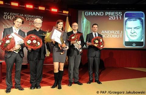 Nagrodę w imieniu Andrzeja Poczobuta odebrała jego żona Aksana