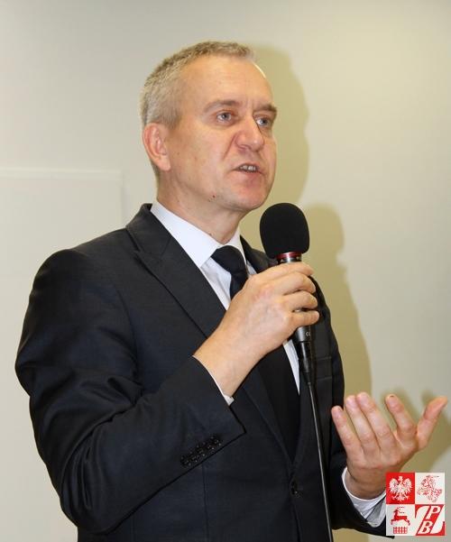 Przemawia Robert Tyszkiewicz, posel na Sejm RP, wiceprzewodniczący Sejmowej Komisji Spraw Zagranicznych