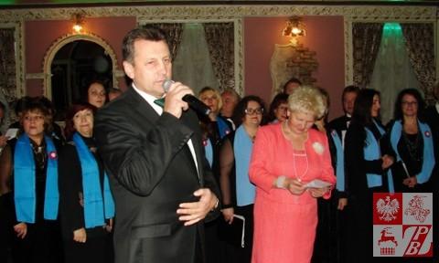 Prezes Związku Polaków na Białorusi Mieczysław Jaśkiewicz i prezes Oddziału ZPB w Mińsku Helena Marczukiewicz