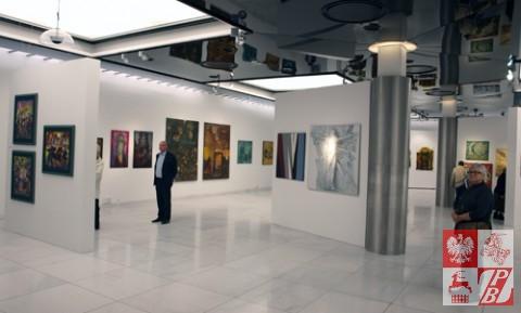 """Wystawa """"Pod otwartym niebem"""" w Państwowej Galerii Sztuki w Sopocie"""