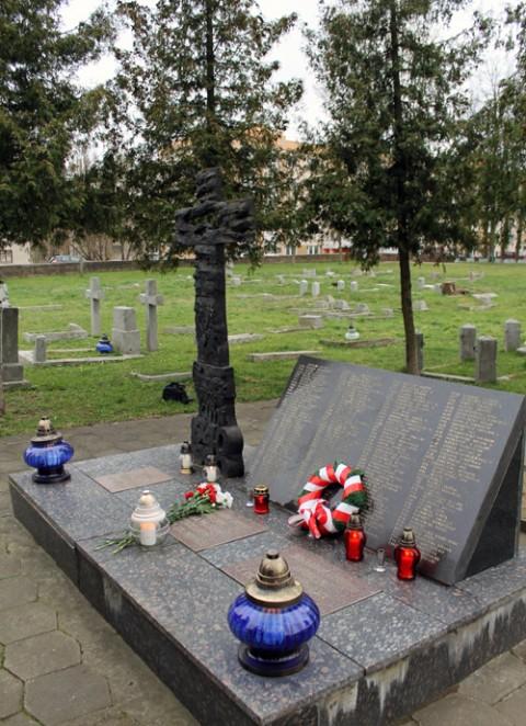 Cmentarz_Garnizonowy_03