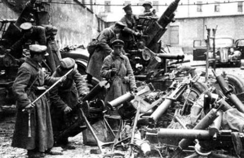 sowieci-ArmiaCzerwonaArmia-Grodno-obronaGrodna-historia-wojsko-1939-480x312