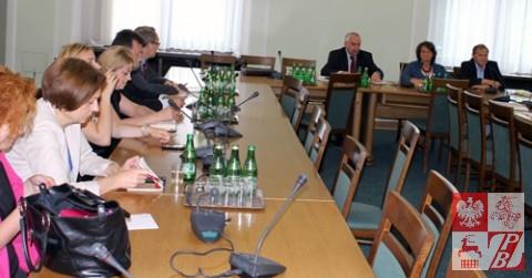 Posiedzenie_Komisji_Sejmowej_w_sprawie_ZPB_01