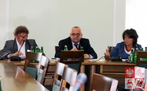 Posiedzenie_Komisji_Sejmowej_w_sprawie_ZPB_04