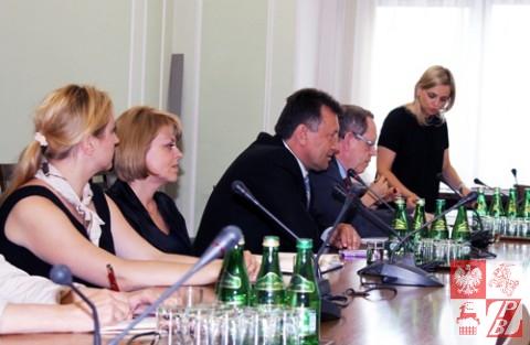 Posiedzenie_Komisji_Sejmowej_w_sprawie_ZPB_05