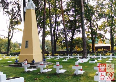 Cmentarz_Lotnikow_w_Lidzie_01