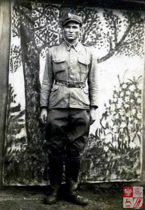 Adam Pożarski w mundurze polowym