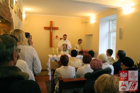 Biskup pomocniczy Diecezji Grodzieńskiej Józef Staniewski celebruje Mszę świętą