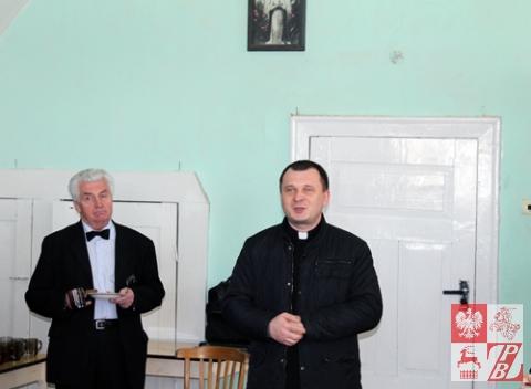 Ks. Sergiusz Surynowicz dziękuje artystom i działaczom ZPB za koncert