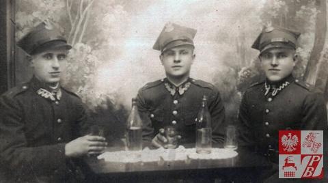 Kazimierz_Lotko_przy_stole
