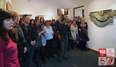Publiczność podczas otwarcia wystawy
