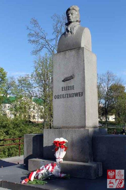 Grodno_Obchody_3_Maja_Pomnik_Orzeszkowej