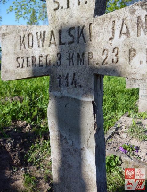 pomnik_Jan_Kowalski