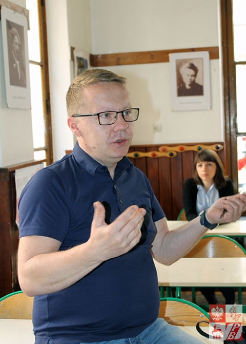 Konrad Leszczyński, dyrektor Szkoły Polskiej im. Adama Mickiewicza w Paryżu