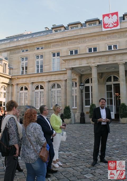 przed_ambasada_1