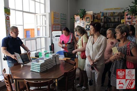 w_bibliotece_szkolnej_1