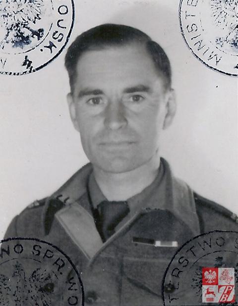 Fotografia_z_Legitymacji_Virtuti_Militari_(1945)_str
