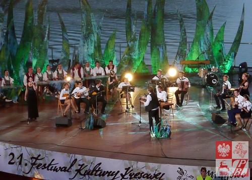 Na scenie Orkiestra Instrumentów Ludowych