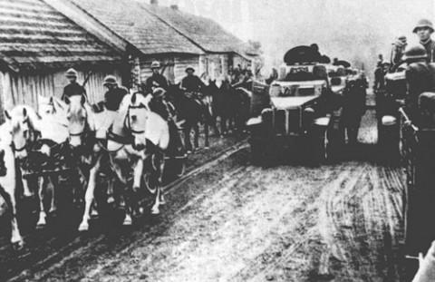 17 wrzesnia 1939 - wojska ZSRR zajmuja wschodnie tereny Polski. PAP/CAF-archiwum