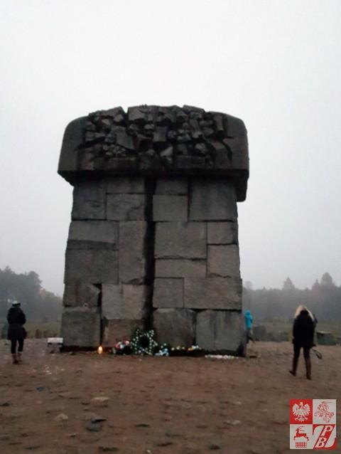 Treblinka_Pomnik_ofiarom_zagłady