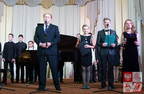 Przemawia Michaił Abrażewicz, dyrektor Szkoły Muzycznej im. Fryderyka Chopina w Mińsku
