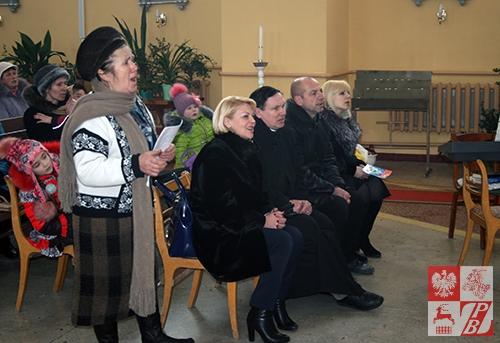 Helena Andryca i goście przedstawienia: Andżelika Borys, ks. proboszcz Leon Ładysz, Wiktor Naranowicz, Tatiana Augustynowicz