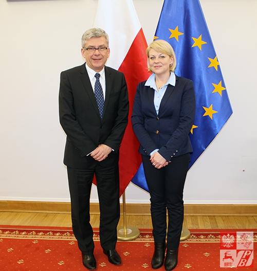 Marszałek Senatu RP Stanisław Karczewski i przewodnicząca Rady Naczelnej ZPB Andżelika Borys