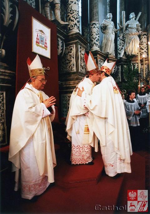 Biskup_Aleksander_Kaszkiewicz_archiwum9