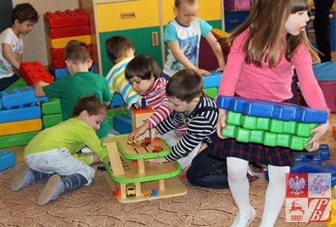 Dabrowa_Bial_Przedszkole_zabawki1