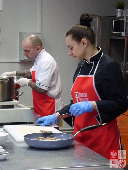 Kucharze pracują