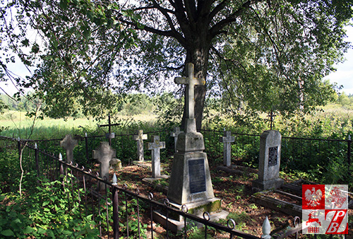 Cmentarz w Burakach przed renowacją