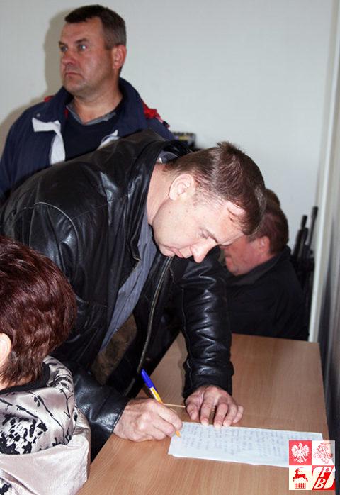 Zebranie_miejskiego_podpisy