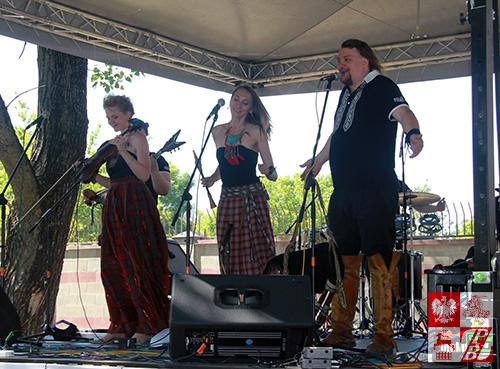 Białoruski zespół folkowy PAWA