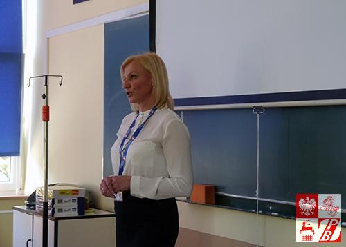 helena_lazarczyk_z_oszmiany_prowadzi_lekcje