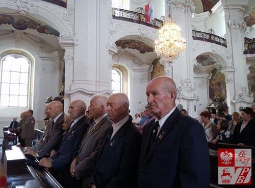 W czasie Mszy świętej w Bazylice NMP w Krzeszowie