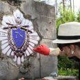 Białoruscy rekonstruktorzy odnowili groby strzelców słuckich WP