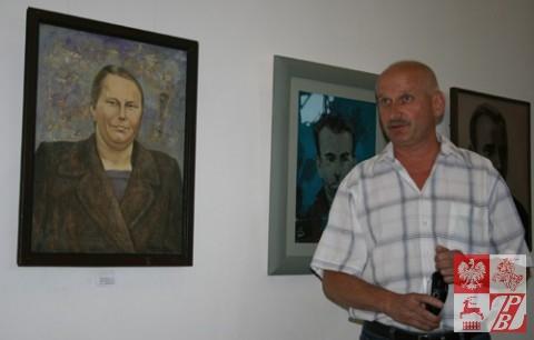 Andrzej Dańkowski przy portrecie mamy opowiada o jej losie