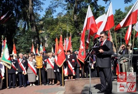 Uroczystości przy Pomniku Katyńskim