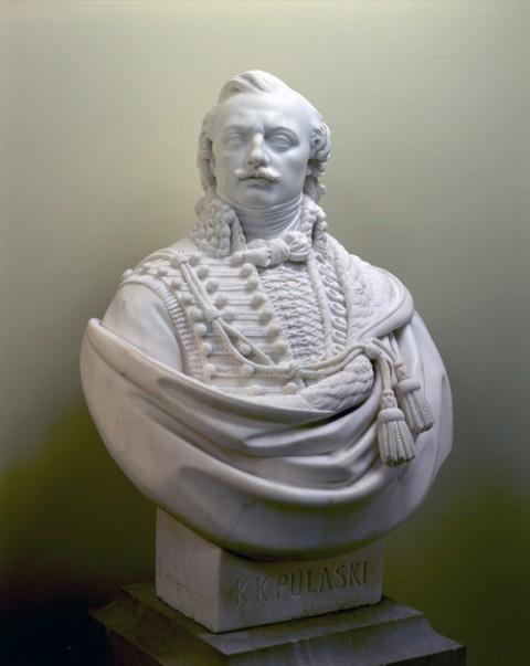 popiersie Kazimierza Pułaskiego autorstwa Henryka Dmochowskiego, fot.: www.senate.gov
