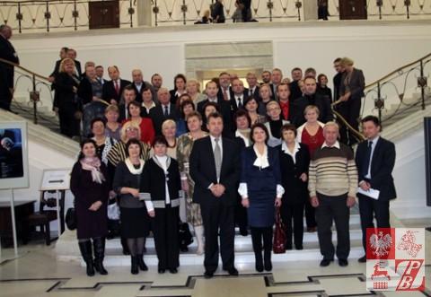 Zdjęcie pamiątkowe uczestników konferencji