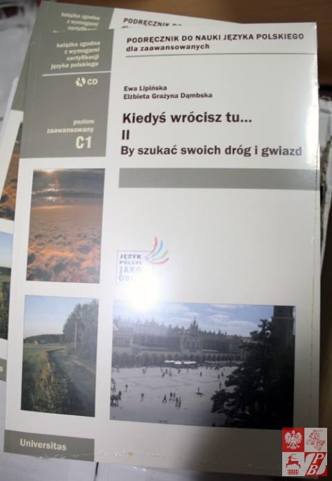 Przekazanie_ksiazek_z_Krakowa