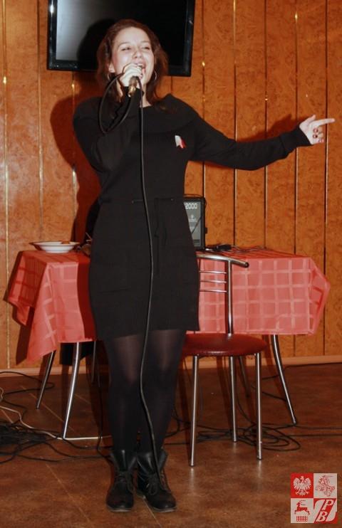 Śpiewa Anna Januszkiewicz