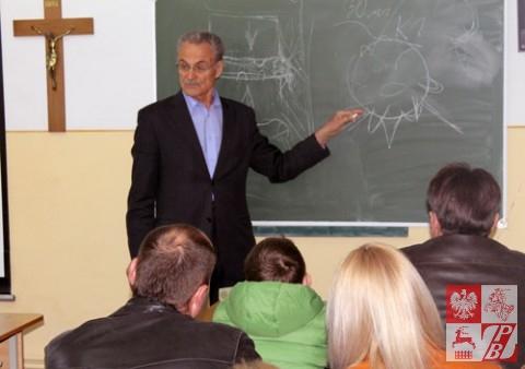 Eugeniusz Kuchta opowiada o schorzeniach kręgosłupa