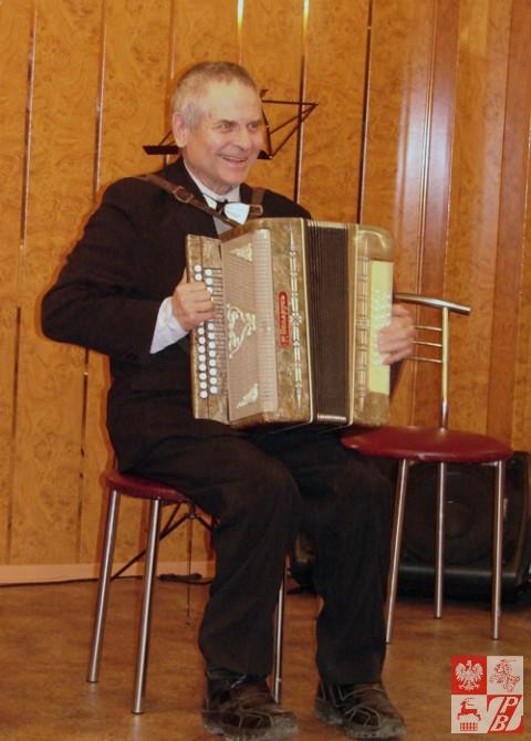 Do tańca przygrywa Eugeniusz Czerniawski