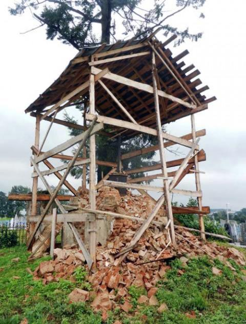 Tak wyglądają obecnie gruzy kaplicy Rejtanów, fot.: Gazetaby.com